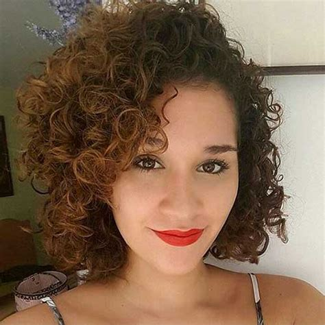 cool short naturally curly hairstyles