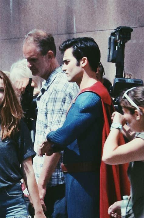 pics  video  tyler hoechlins superman  supergirl