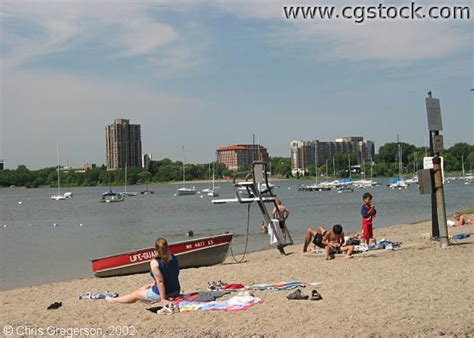 Duck Boat Tours Minneapolis by Cgstock Thumbnails Of Lake Calhoun Pictures