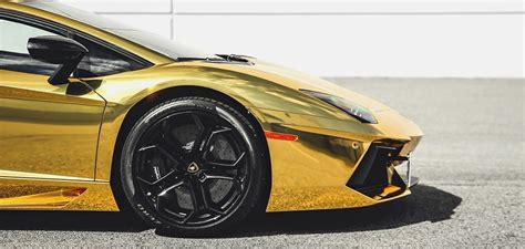 gold lamborghini aventador  canada autofluence