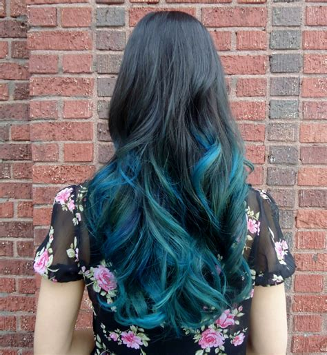 Short Bob In Teal Ombre Hair Colors Ideas