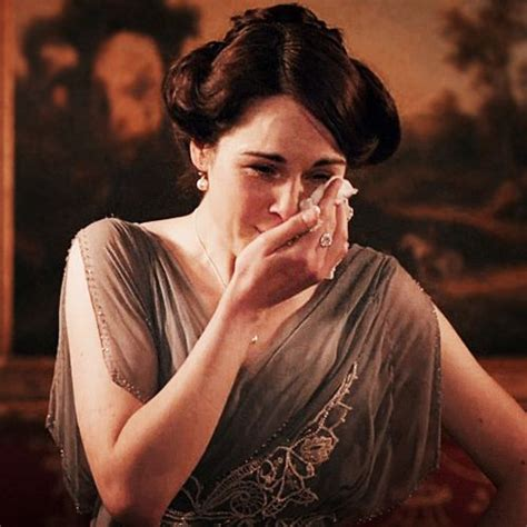 downton abbey pregnant books trying miscarriages ten survive mary withdrawal lady read getting upper class season wait huffingtonpost crying trouble