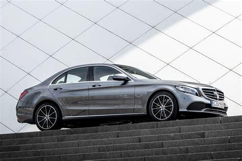 Descubra a melhor forma de comprar online. Mercedes-Benz Clase C 2019: Características, equipamiento ...