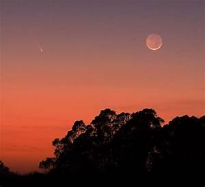Comet PanStarrs and Moon | Albert Smith - Sky & Telescope