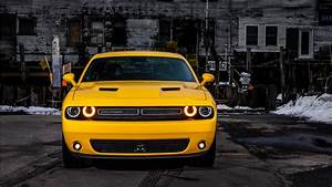 2017 Dodge Challenger GT AWD 3 Wallpaper HD Car