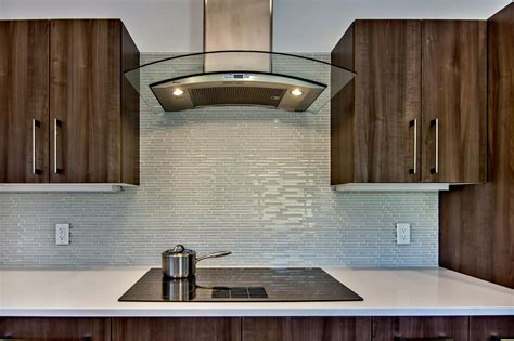 Glass Backsplash Ideas For Kitchens by Decorating Transparan Glass Tile Backsplash Pictures For
