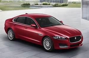 Jaguar Xf Pure : locally manufactured jaguar xf launched in india autobics ~ Medecine-chirurgie-esthetiques.com Avis de Voitures
