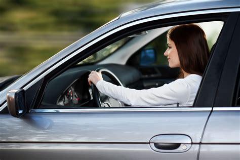 acheter une voiture d occasion chez un concessionnaire essayer une voiture d occasion chez un concessionnaire essai automobile