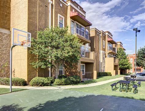 Uptown Apartments In Denton, Texas