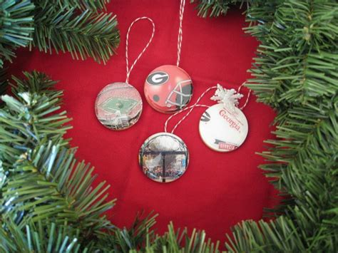 college christmas 77 best college team decorations images on