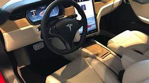 Up Close Look At Tesla's Newly Refreshed Interior