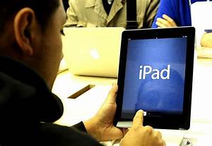 apple sells 3m ipads on launch weekend gadgets With 3m new ipads sold over first weekend says apple