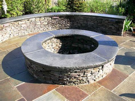 24 Beautiful Backyard Design With Awesome Fire Pit Ideas