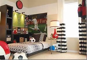 Deco Chambre Foot : free chambre foot with decoration de foot pour chambre ~ Dode.kayakingforconservation.com Idées de Décoration