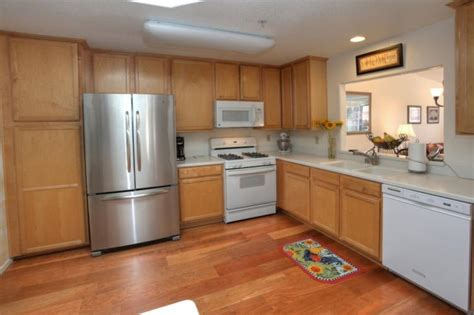 no kitchen cabinets 4653 gerona way santa barbara ca sandpiper property 3550