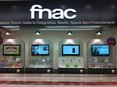 si鑒e social fnac digital signage vetrina fnac overplace