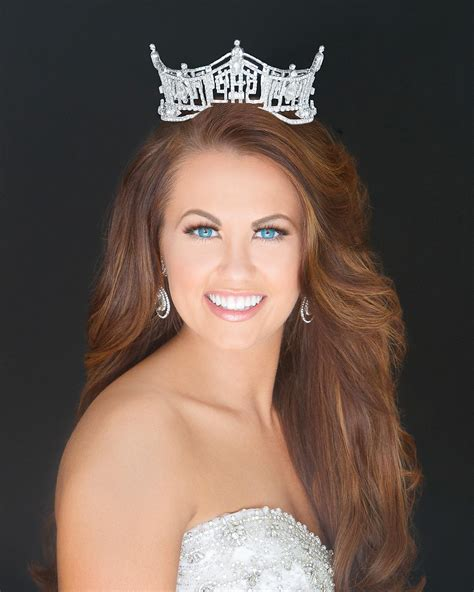 Public Speaking Tips From Cara Mund: Miss America Shares 5 ...