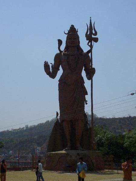 giant shiva statue photo