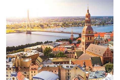 Aptauja: Dzīvoklī Rīgas centrā vēlas dzīvot tikai 23% ...