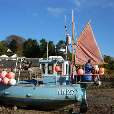 Service Boat Yard by Boat Yard Services At Sailaway On The Helford River
