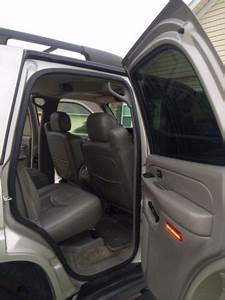 Purchase Used 2005 Tahoe Z71 In Columbia  Missouri  United States  For Us  9 800 00