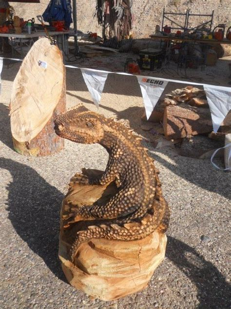 lizard wood carving chainsaw wood carving wood
