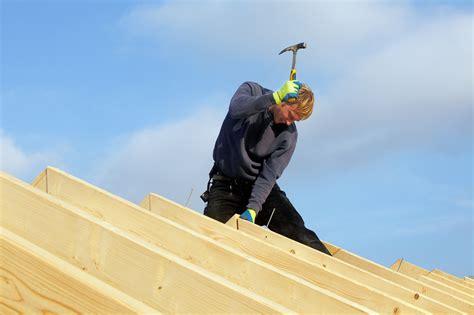 renovation carrelage sol cuisine tarifs et taux horaires d 39 un charpentier