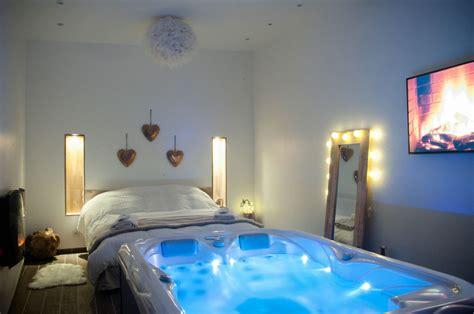 ambiance romantique chambre l escapade romantique chambre avec spa privatif au nord