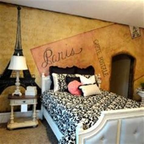 Paris Bedroom Theme For Adults by 1000 Ideas About Paris Themed Bedrooms On Pinterest