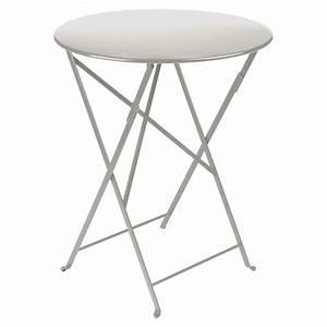 Table Pliante Metal : table pliante bistro 60cm gris m tal de fermob ~ Teatrodelosmanantiales.com Idées de Décoration