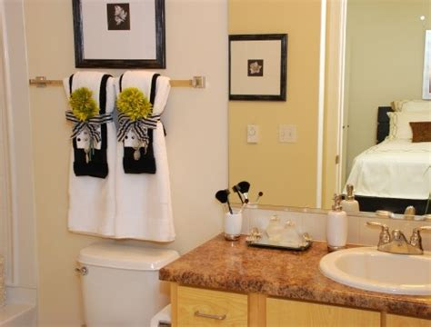 bathroom towels decoration ideas towel decorations bathrooms