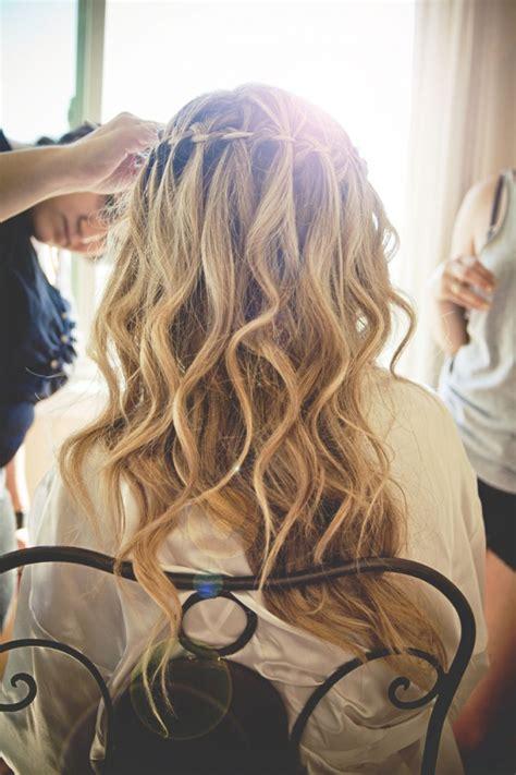 the 10 best beach wedding hairstyles beach wedding tips