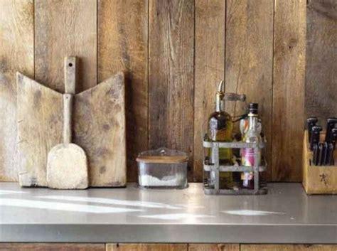 coller une credence sur du carrelage quel cr 233 dence choisir prix moyen verre bois inox peinture carrelage le d 233 co cuisine