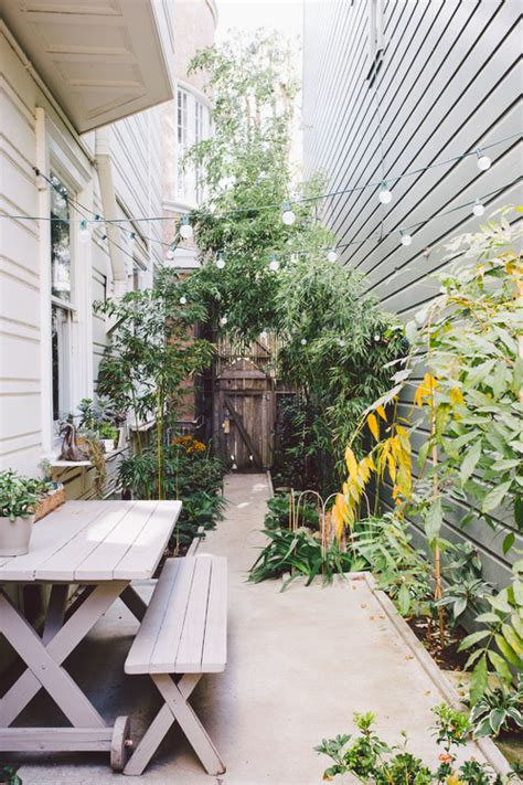pocket gardens pint size patios and backyards