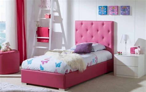 fabriquer une chambre de pousse lit avec tête de lit capitonné raquel