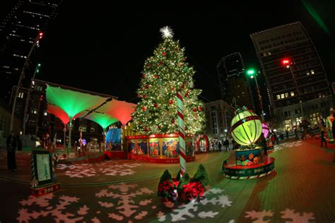 sundance square christmas tree lighting downtown ft worth