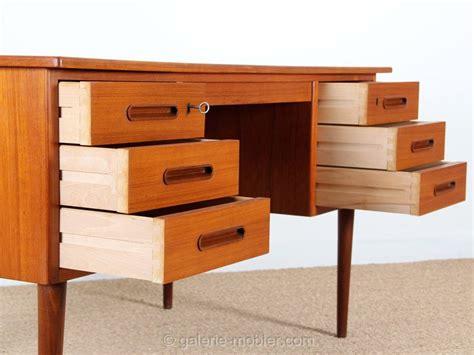 grand bureau scandinavian teak desk galerie møbler