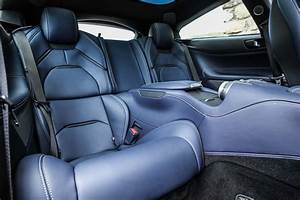 Louelavie.com | 2017-Ferrari-GTC4Lusso-rear-interior-seats