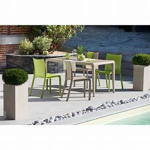 Table Pliante Bricorama : trendy affordable chaise monobloc stresa taupe with chaise ~ Melissatoandfro.com Idées de Décoration