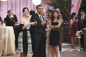 Chyler Leigh, Jesse Williams and Sandra Oh in GREY'S ...