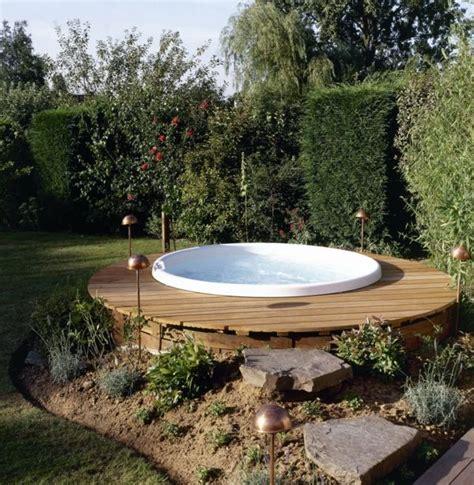 Whirlpool Im Garten Ideen by Whirlpool Im Garten G 246 Nnen Sie Sich Diese Besonde