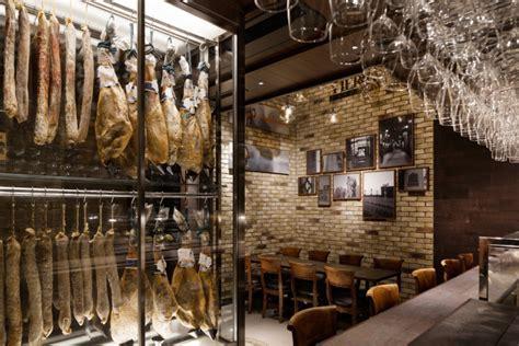 Mar y Tierra Spanish cuisine restaurant by DOYLE