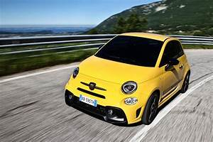 Fiat 500 Abarth 595 : new abarth 595 launched in europe with as much as 177hp ~ Kayakingforconservation.com Haus und Dekorationen