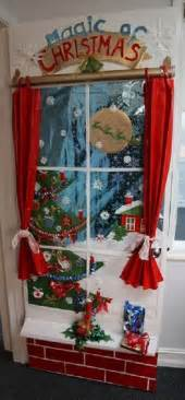 28 easy christmas office door decorating ideas