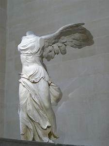 Winged Victory of Samothrace - Wikipedia