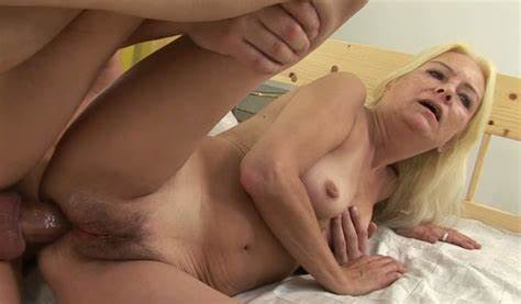 Tanline Model Gives Cam Licked In Bedroom