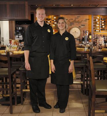 Olive Garden Attire olive garden continues brand transformation with updated