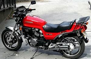 Honda Vf 750 : honda honda vf750s moto zombdrive com ~ Melissatoandfro.com Idées de Décoration