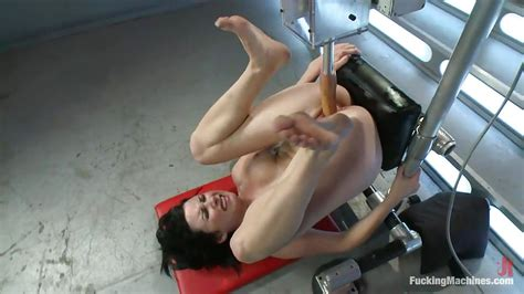Veruca James In Brunette Milf Has Great Fun With Fucking Machines Hd From Kink Fucking