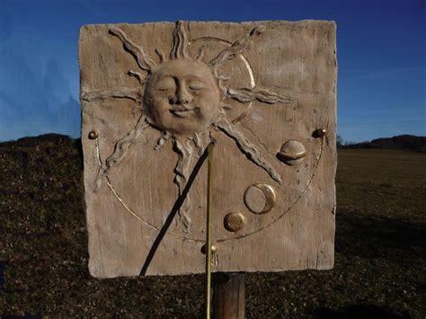 Sonnenuhren Für Garten by Sonnenuhr Kaufen Eine Sonnenuhr Aus Stein F 252 R Den Garten